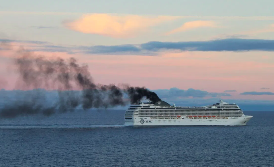 Ships Exploiting Regulatory Loophole to Emit SO2 Into the Ocean