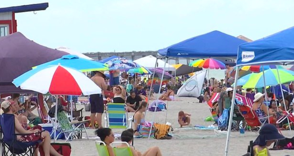 A Florida Beach Reopened – People Left It Trashed