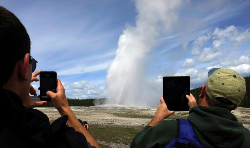 Yellowstone and Grand Canyon Re-Open – But Can Public Parks Safely Meet Increasing Users?