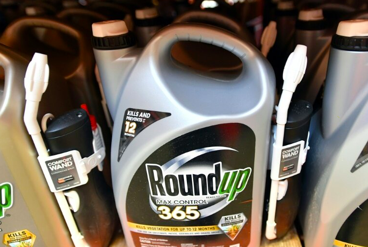 Roundup Plaintiffs Negotiate Record Settlement of Thousands of Claims